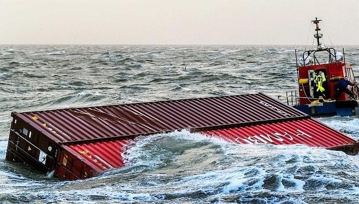Nizozemská média současnou katastrofu dávají do souvislosti s nehodou lodi  MSC Zoe z počátku ledna 22150b8097a
